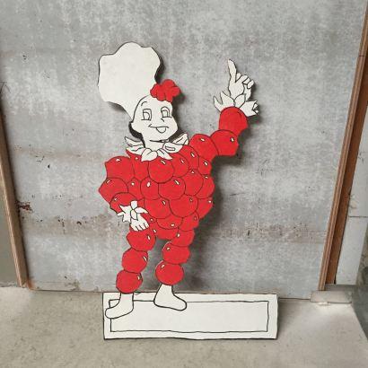 Aardbeienmannetje €15 (48x79cm)